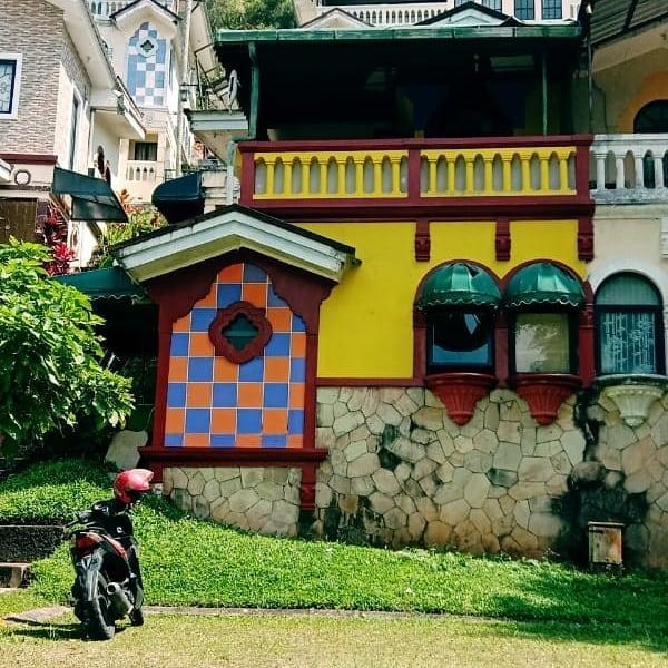 Sewa villa kota bunga 1 kamar